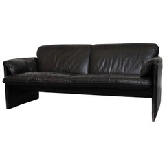 Leolux 'Bora Bora' Black Leather Loveseat