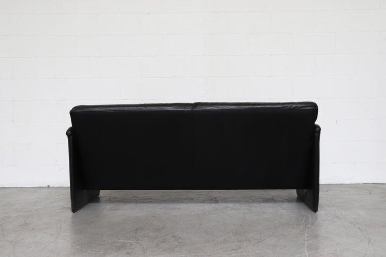 Leolux 'Bora Bora' Black Leather Sofa In Good Condition For Sale In Los Angeles, CA