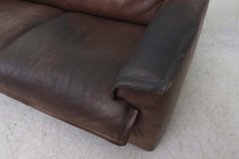 Well worn Leolux Buffalo Leather Love Seat For Sale 4