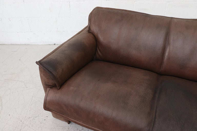 Well worn Leolux Buffalo Leather Love Seat For Sale 3