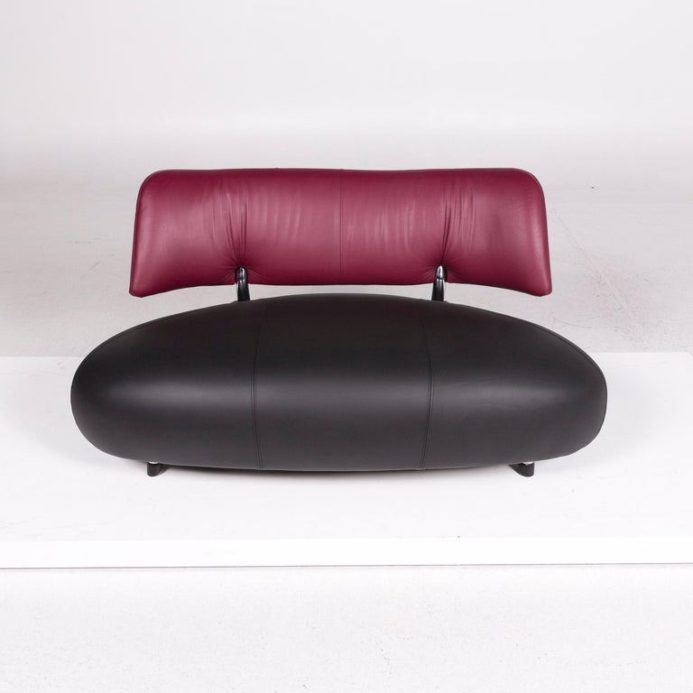 Leolux Pallone Leather Sofa Black Purple Two-Seat Couch For Sale 4