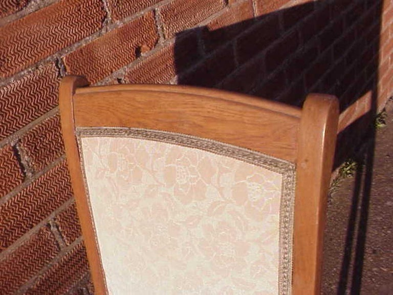 Early 20th Century Leon Benouville, an Art Nouveau Oak Desk or Side Chair with Subtle Organic Lines For Sale