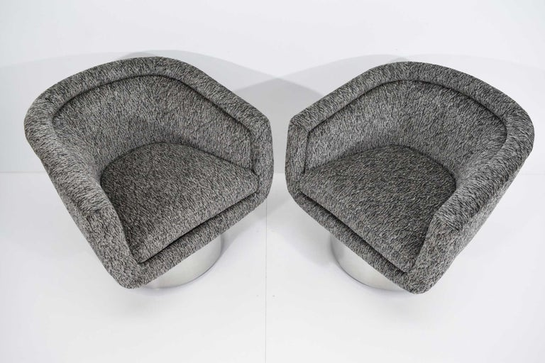 Leon Rosen for Pace Collection Pair of Swivel Tub Lounge Chairs For Sale 3