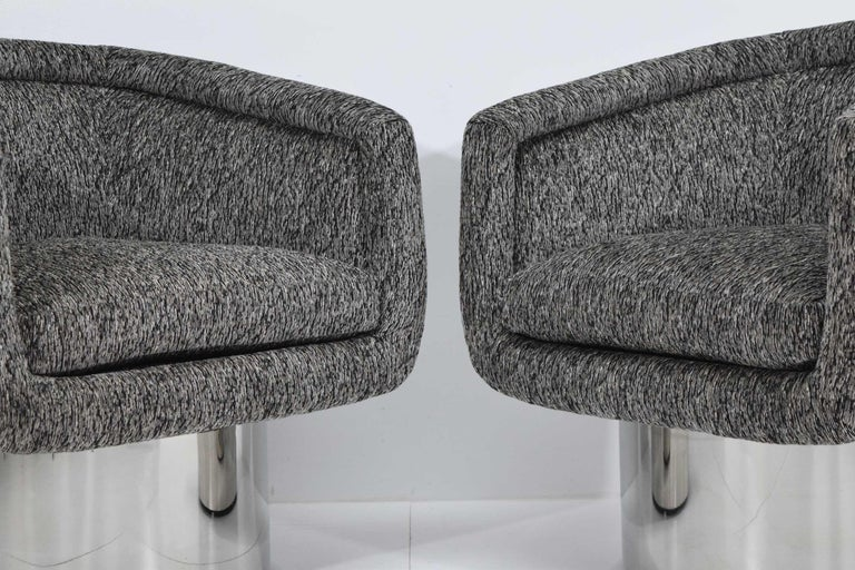 Mid-Century Modern Leon Rosen for Pace Collection Pair of Swivel Tub Lounge Chairs For Sale