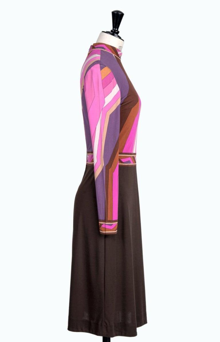 LEONARD Fashion Paris Pink Purple Brown Geometric Print Silk Jersey Dress, 1970s In Excellent Condition For Sale In Munich, DE