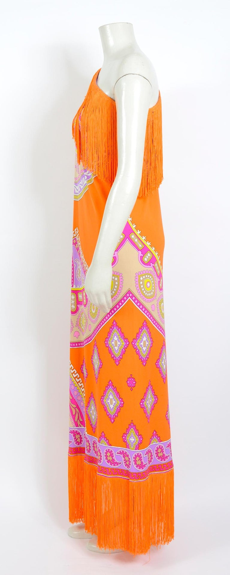 Leonard Paris vintage 1970s extra large silk jersey printed fringed scarf For Sale 1