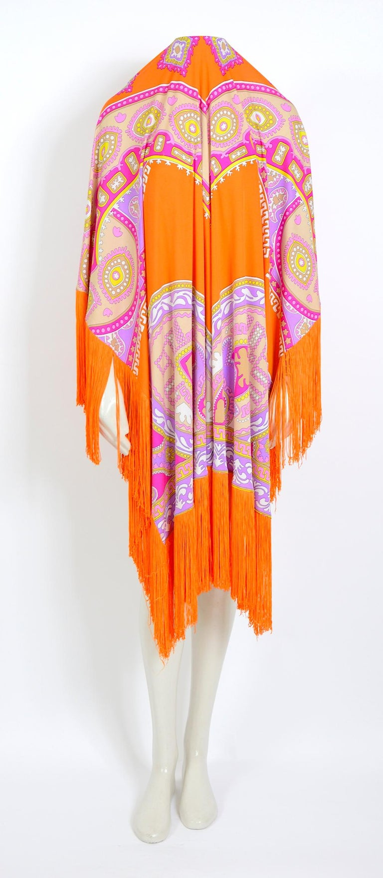 Leonard Paris vintage 1970s extra large silk jersey printed fringed scarf For Sale 4