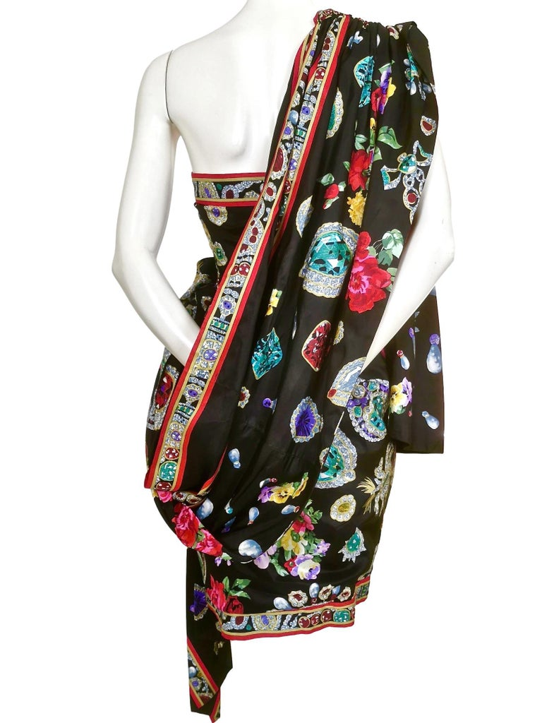 Leonard Silk Fully Lined Cocktail Dress with Attached Shawl Wrap For Sale 2