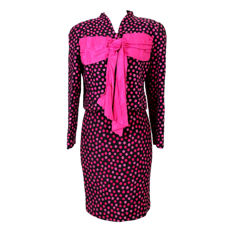 Leonia Polvani Black Fuchsia Wool Polka Dot Bow Suit Skirt And Jacket 1980s For Sale