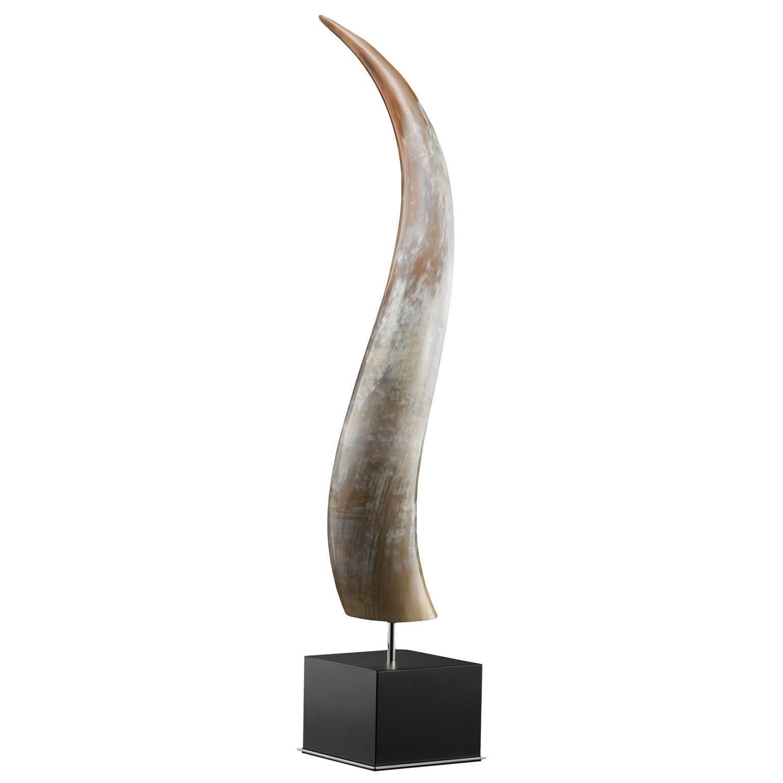 Leuca Sculpture in Corno Italiano, Black Lacquer and Chromed Brass, Mod. 1600