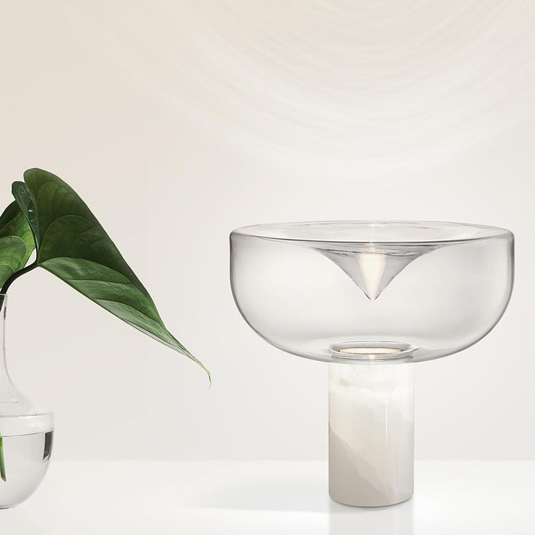 Modern Leucos Aella Mini T 30 LED Table Light in Clear & White Onyx by Toso & Massari For Sale
