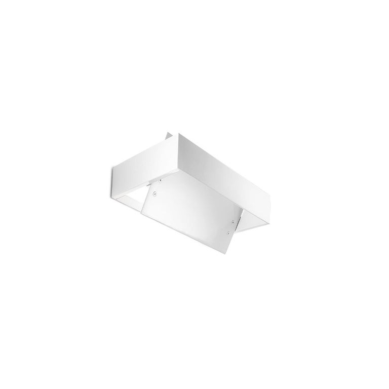 Leucos Ala P 16 Wall Sconce in White by Mauro Marzollo For Sale