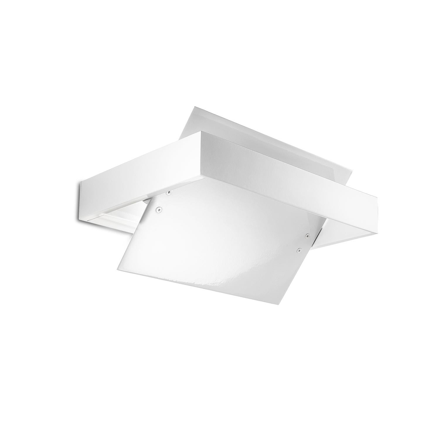Leucos Ala P 25 Wall Sconce in White by Mauro Marzollo