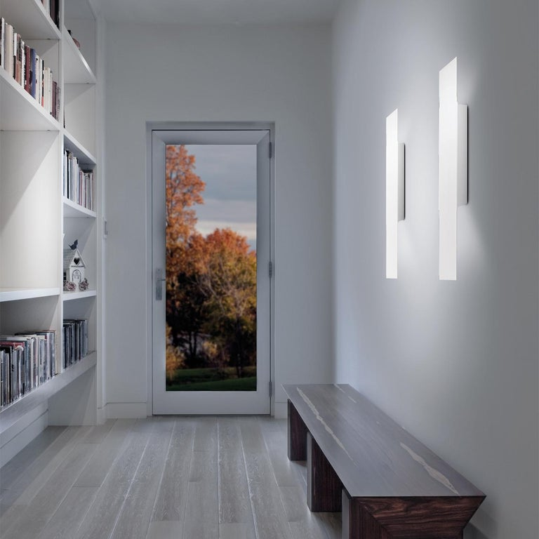 Modern Leucos Opi P Wall Light in Matte White by Alessandro Piva For Sale