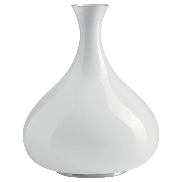 Modern Leucos Summer T Table Light in Glossy White and Chrome by Eva Zeisel For Sale