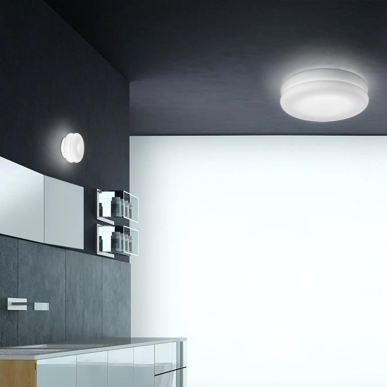 Italian Leucos Wimpy 16 LED Sconce in White by Toso, Massari & Assoc. with G. Toso For Sale