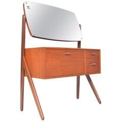 Ølholm Model 593 Teak V- Legged Vanity