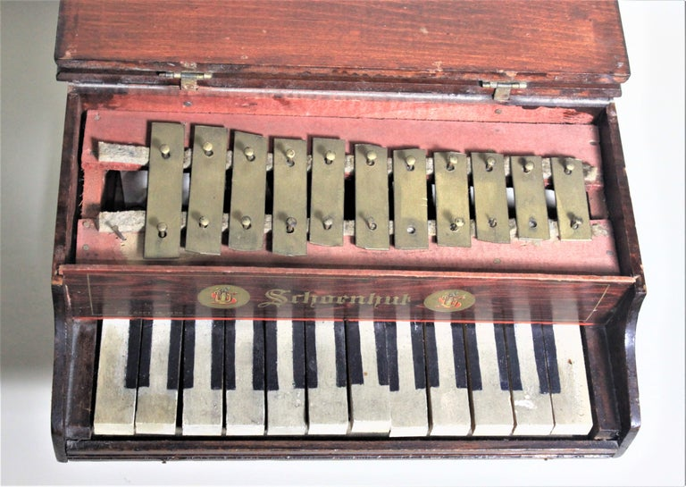 Machine-Made Liberace Autographed Vintage Schoenhut Toy Grand Piano For Sale