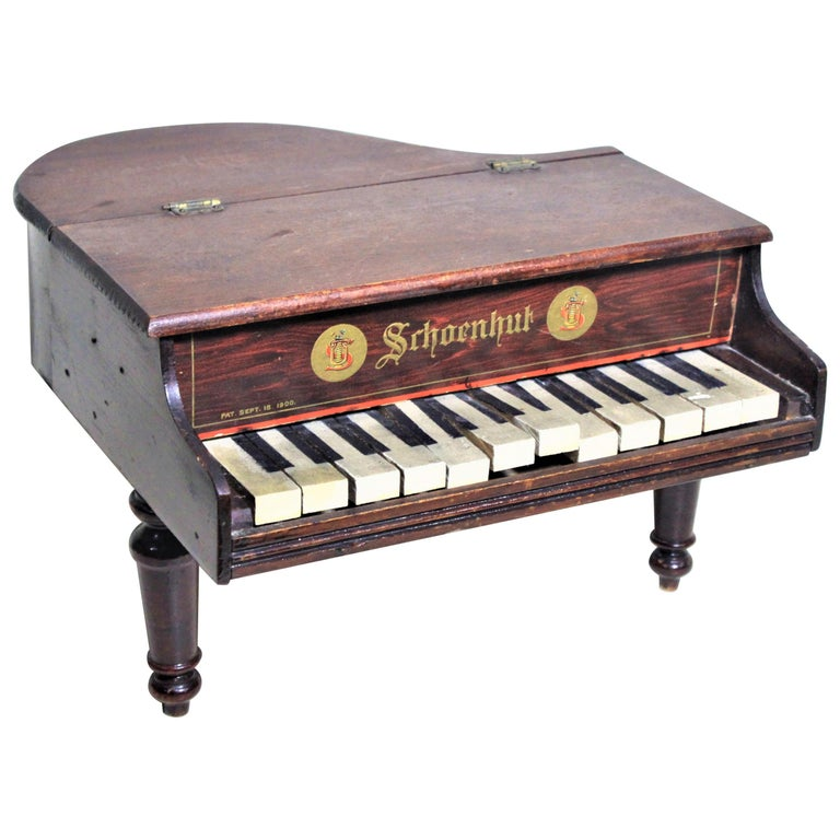 Liberace Autographed Vintage Schoenhut Toy Grand Piano For Sale