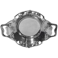 Liberty Tudric Pewter Dish 0287, Liberty & Co, English, circa 1903