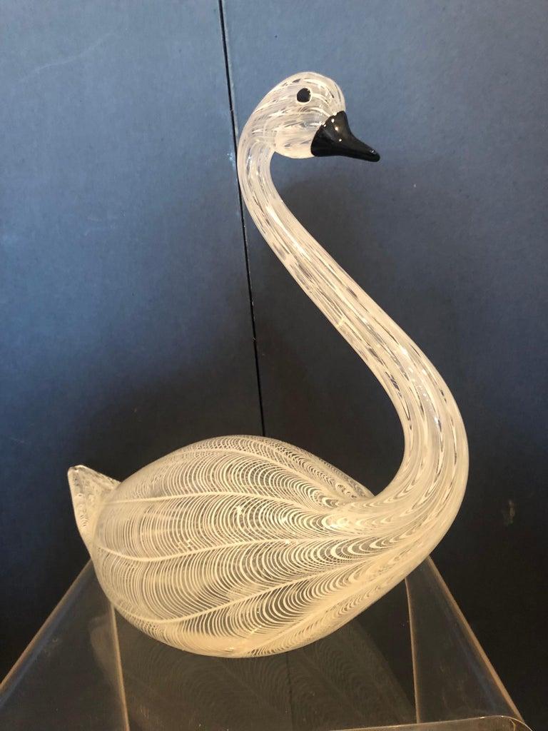 Large Murano glass Swan, by Licio Zaetti signed. The Zanetti Vetreria Artistica was founded in 1956 by the glassmaster Oscar Zanetti and his son Licio. The furnace quickly distinguished itself for the artistic quality of master Licio Zanetti's glass