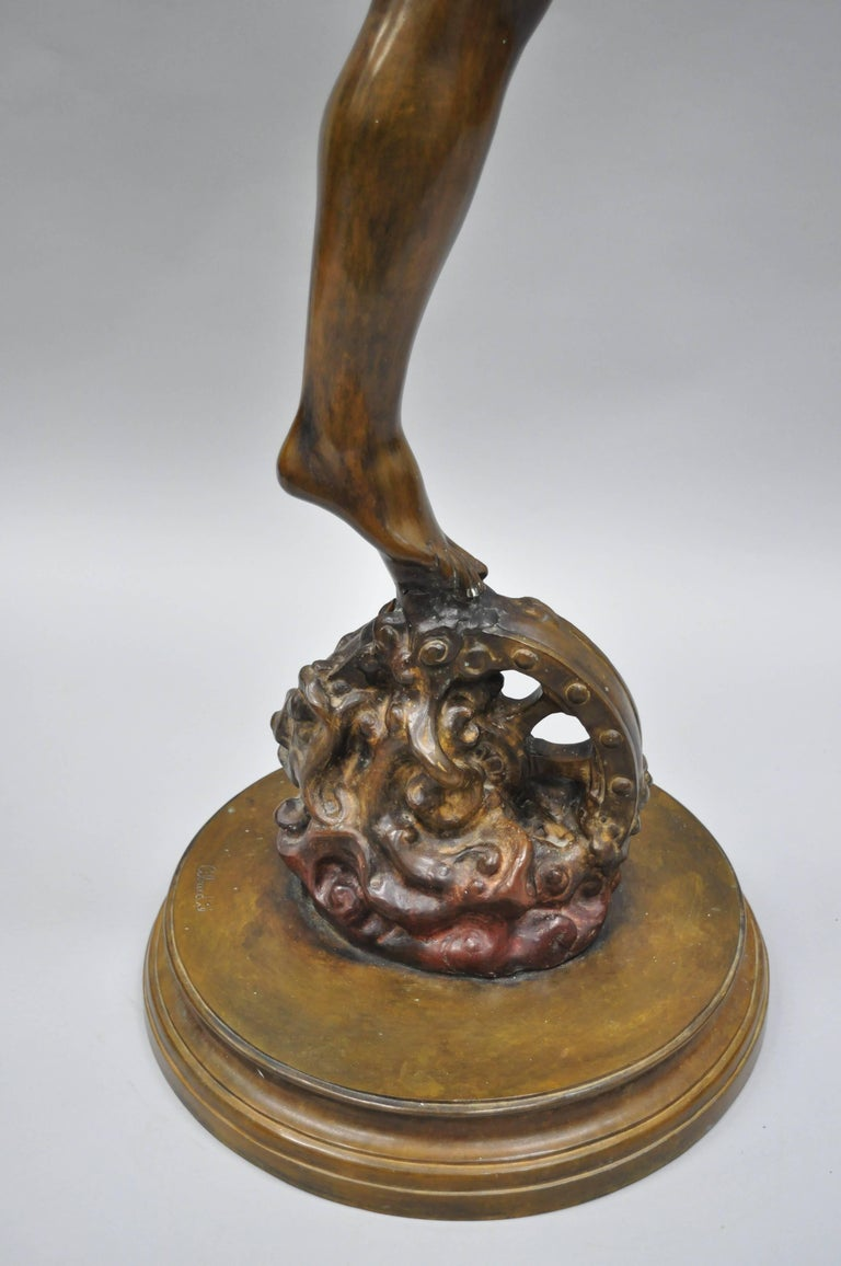 20th Century Bronze Sculpture of Nude Woman For Sale at