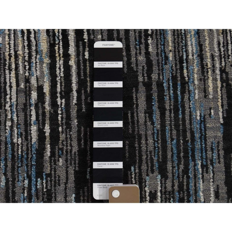 Light And Dark Ombre Design Pure Wool Hand Knotted Oriental Rug For Sale 1