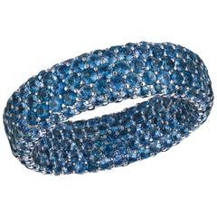Light Blue Sapphire 6.49 Carat Inside or Outside 18 Karat Gold 3-Row Ring