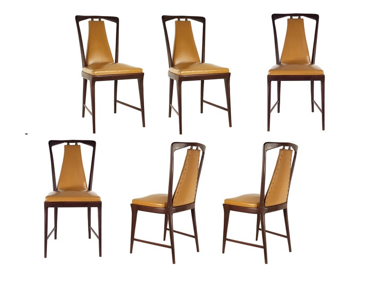 Light-Brown Skai & Wood 1940s Dining Chairs style of Osvaldo Borsani In Excellent Condition For Sale In Varese, Lombardia