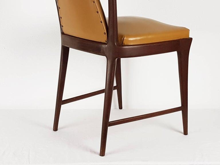 Light-Brown Skai & Wood 1940s Dining Chairs style of Osvaldo Borsani For Sale 1