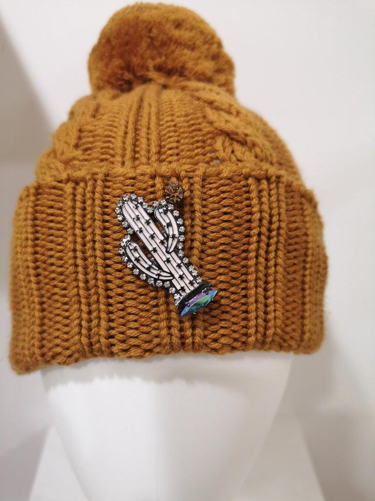 Brown Light brown wool cactus brooch hat For Sale