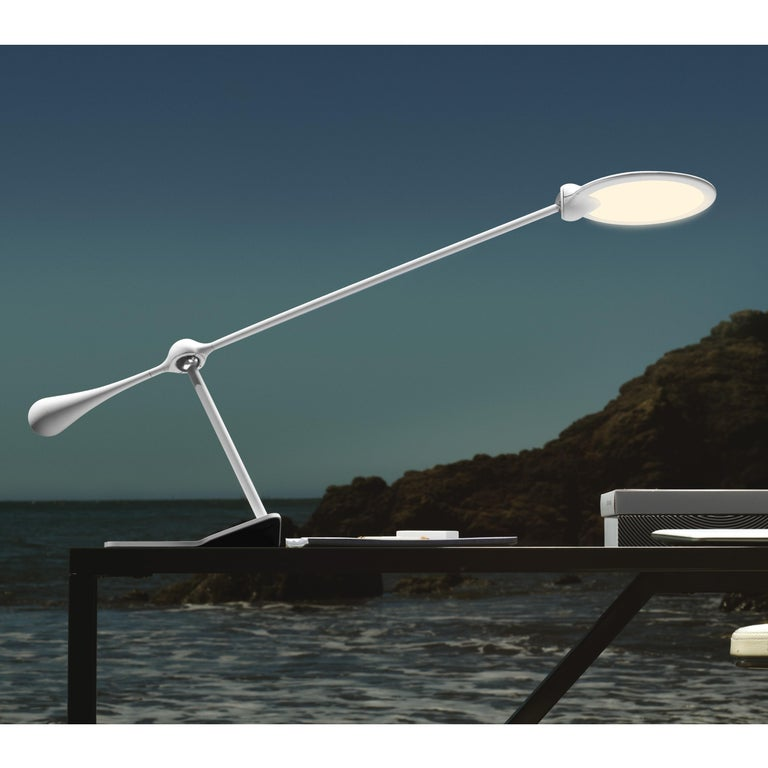 Light & Contrast, Trapeze LED Task Light, Charcoal In New Condition For Sale In New Milford, CT
