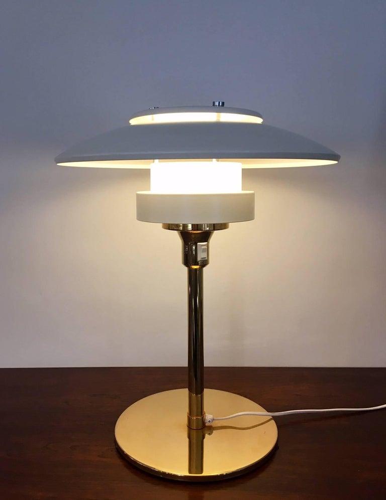 Metal Light Studio by Horn White Table Lamp, Model 2686 For Sale