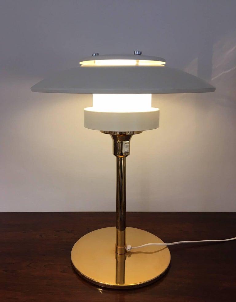 Light Studio by Horn White Table Lamp, Model 2686 For Sale 1