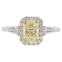 Light Yellow Diamond Ring 1.10 Carat 18K Gold