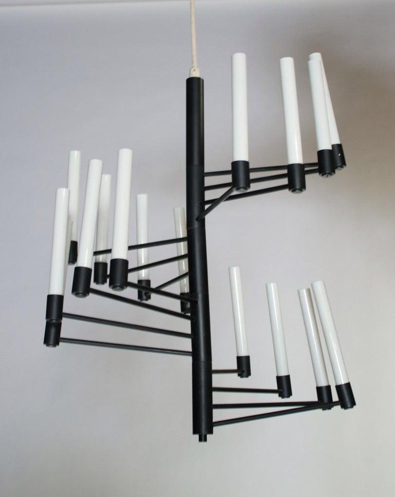 Mid-Century Modern Lightolier Staircase Chandelier For Sale