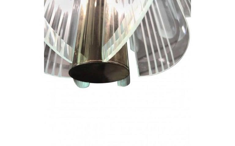 Mid-Century Modern Lightolier Two-Tier Brass and Glass Twelve-Light Chandelier For Sale