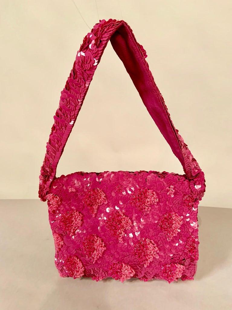 Lilac Beaded Evening Bag with Caviar Beadwork circa 1950 For Sale 6