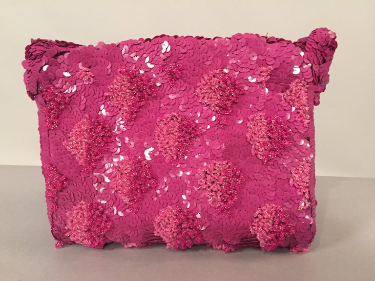 Lilac Beaded Evening Bag with Caviar Beadwork circa 1950 For Sale 2