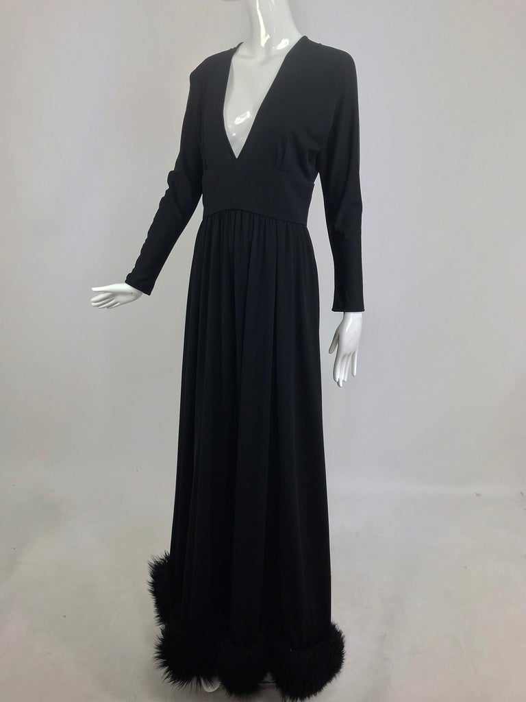 Lillie Rubin Black Fur Hem Plunge Neck Black Jersey Maxi Dress 1970s In Good Condition For Sale In West Palm Beach, FL