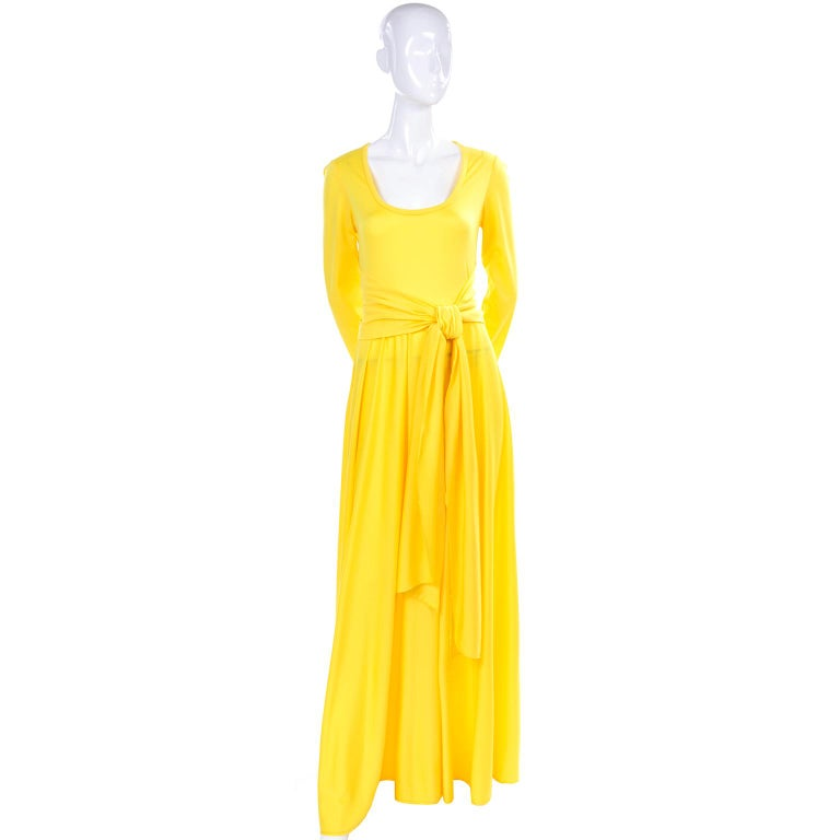Women's Lillie Rubin Collection 700 Vintage Dress in Yellow Jersey With Sash For Sale