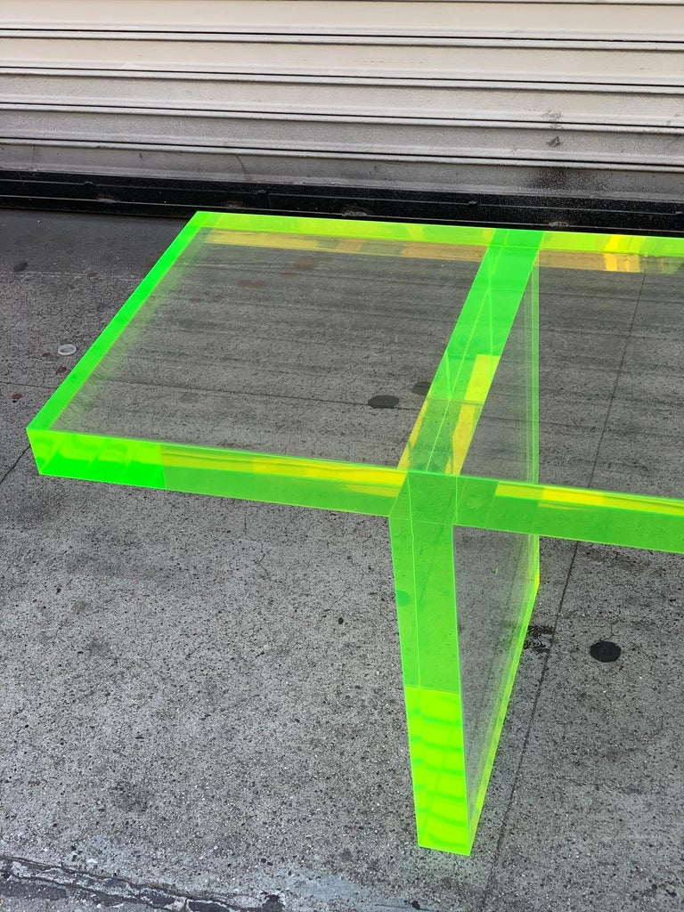 Lime Green Lucite Bench by Cain Modern In Good Condition For Sale In Los Angeles, CA