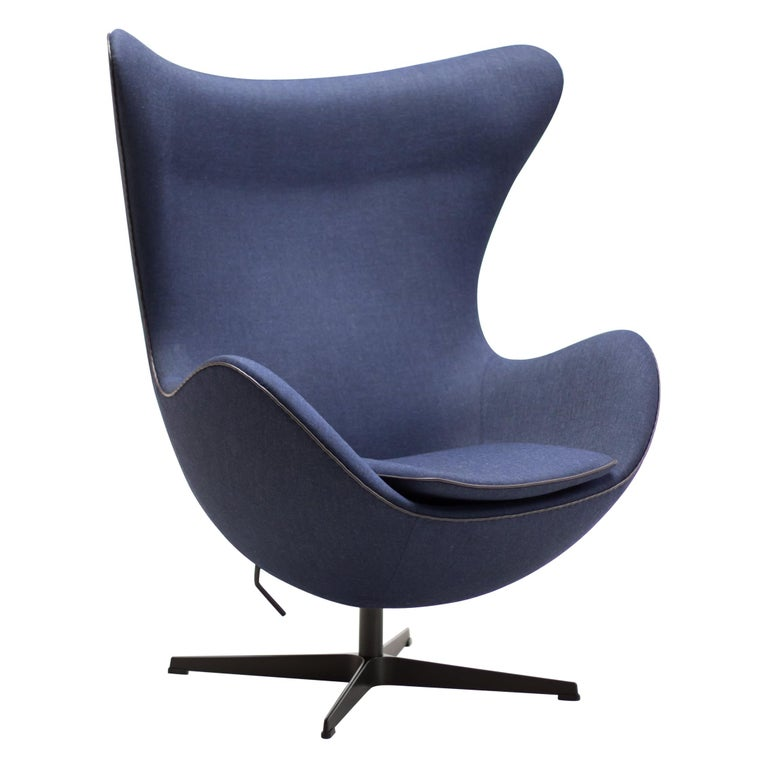 Limited Edition Blue Canvas Egg Chair by Arne Jacobsen For Sale
