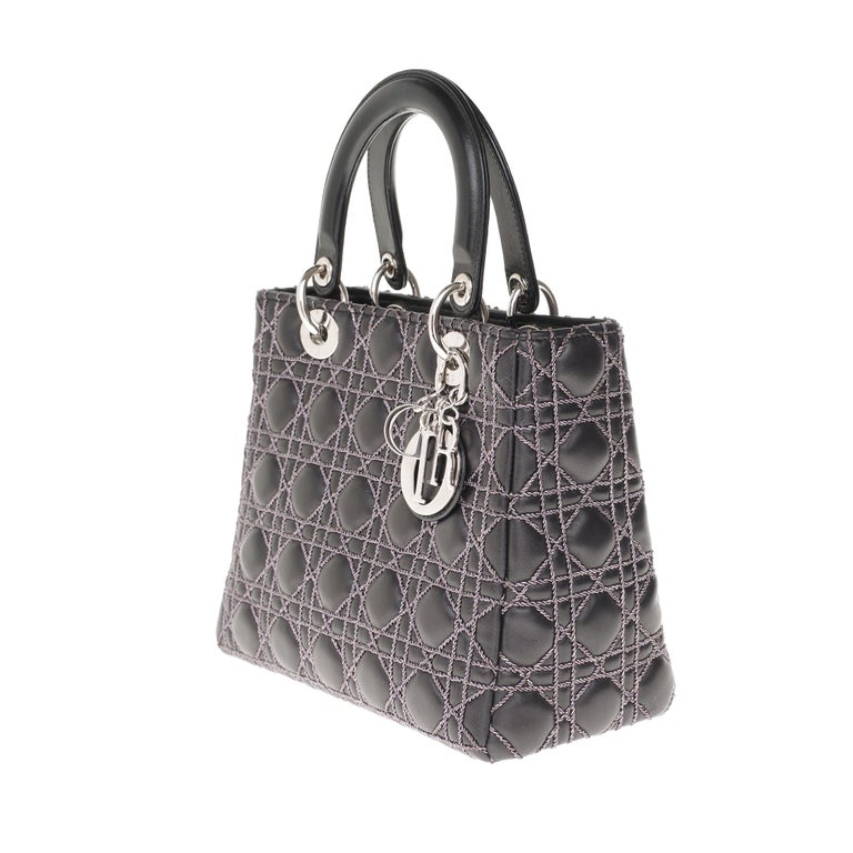 Women's  Limited Edition-Christian Dior Lady Dior MM handbag in black cannage leather For Sale