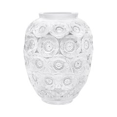 Limited Edition Grand Anemones Vase in Crystal Glass by Lalique