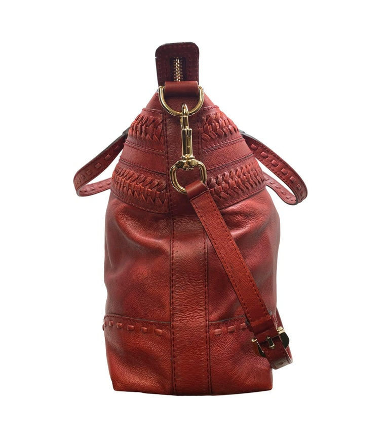 Women's or Men's Limited Edition Gucci Green Carpet Challenge Red Leather Shoulder Tote Bag For Sale