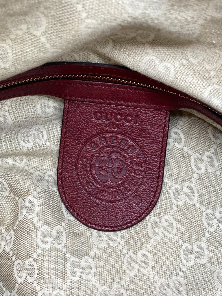 Limited Edition Gucci Green Carpet Challenge Red Leather Shoulder Tote Bag For Sale 3