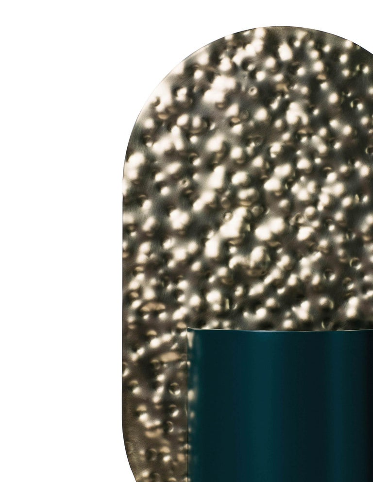 Painted Limited Edition Modern Vase Genke CSL3 by Noom in Hammered Brass and Steel For Sale