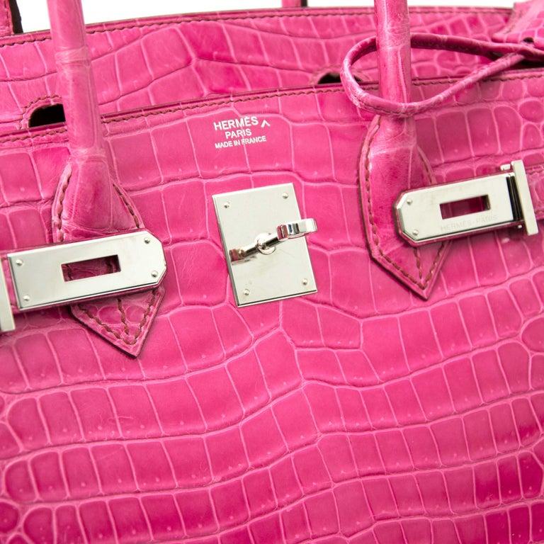 Limited Hermès Birkin 30 Croco Porosus Lisse Fuchsia PHW In Excellent Condition For Sale In Antwerp, BE