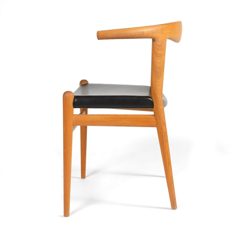 PP518 Limited Production Bullhorn Chair Set of 8 by Hans J. Wegner for PP Møbler In Excellent Condition For Sale In Sagaponack, NY